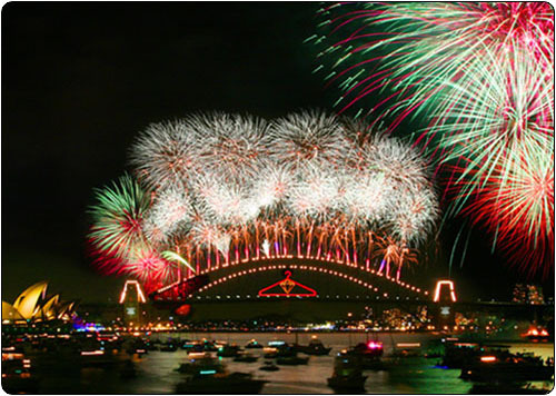 sydney-harbour-bridge-fireworks1